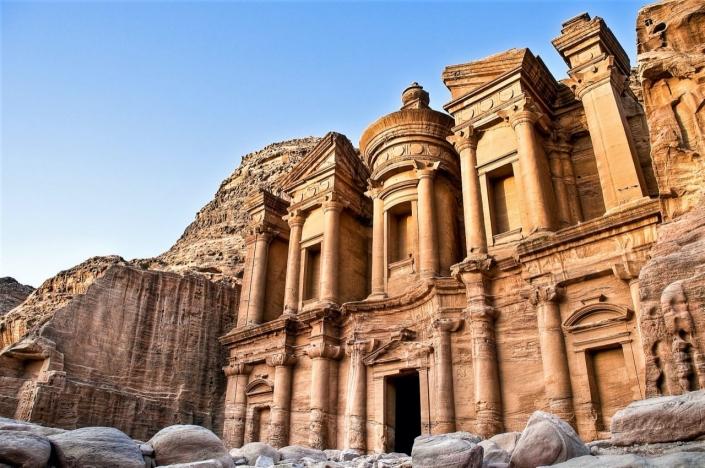 Wonderlijk Petra