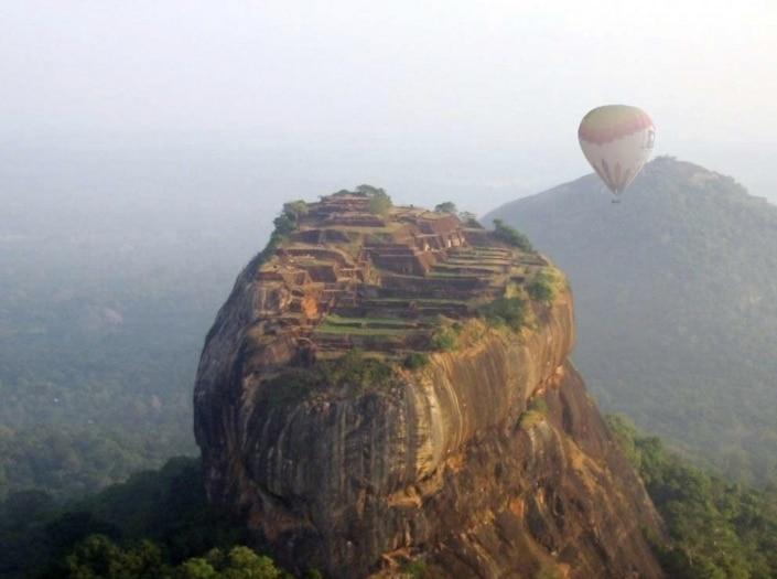 Lustrumreis Sri Lanka! - Luchtballon @ Leeuwenrots