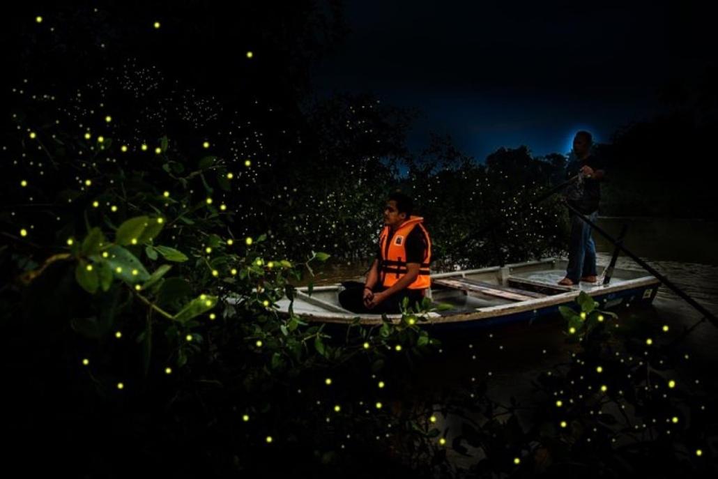Lustrumreis naar Thailand - Firefly experience dinner