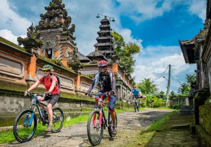 Lustrumreis naar Bali en Lombok (Indonesië) - Onder gedompeld in exotisch Bali