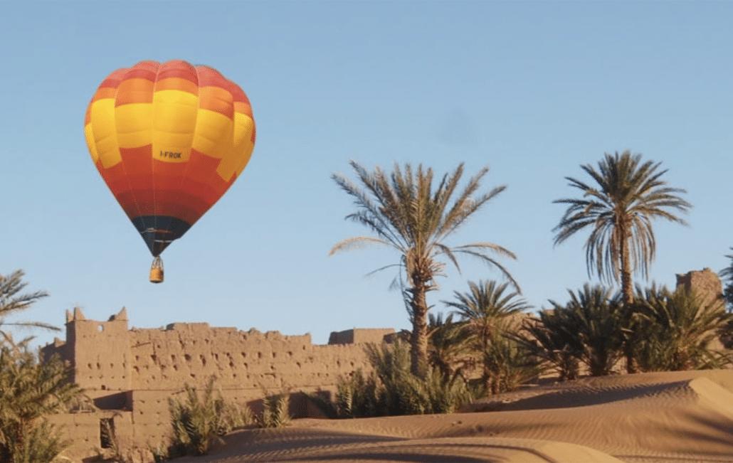 Lustrumreis naar Marrakech! - Luchtballon over woestijn en bergen