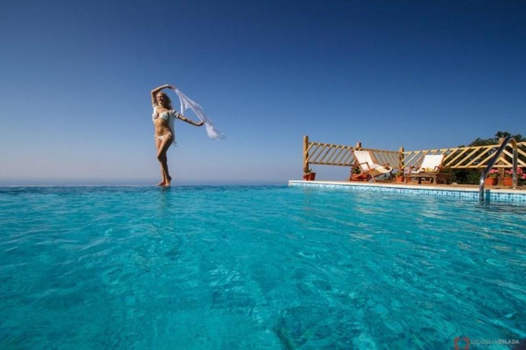 Lustrumreis Monenegro & Dubrovnik! - Varen en Villa op de berg