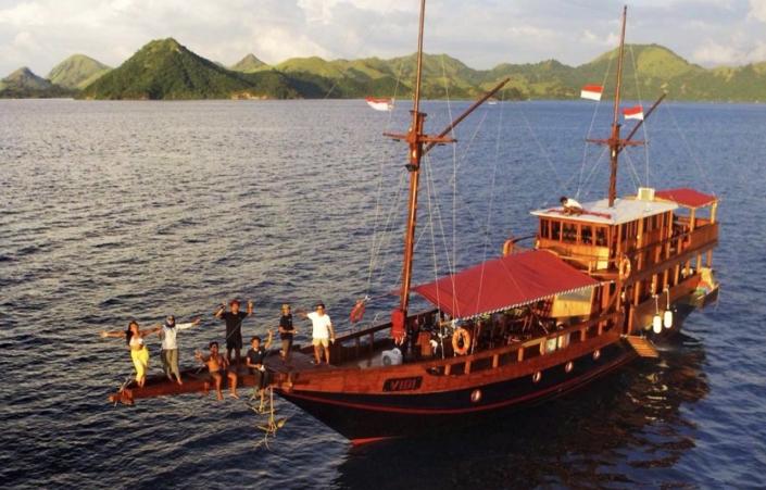 Lustrumreis Komodo & Flores in Indonesie! - Meerdaagse boottocht (Komodo & Rinca)